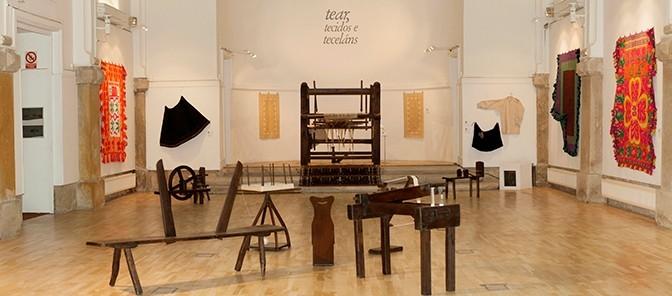 """Vídeo publicado por la  Diputación de Lugo sobre la exposición """"Tear, tecidos e teceláns"""""""